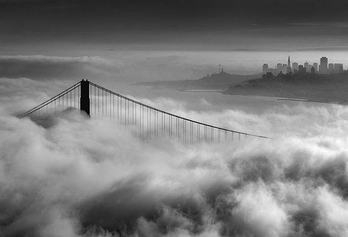 FOG COMPUTING – A NATURAL BRIDGE BETWEEN CLOUD AND IoT